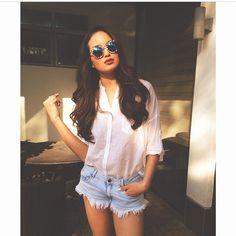 Sarah Lahbati Sarah Lahbati, Celebrity Style Inspiration, Military Women, Fashion Capsule, People Dress, Filipina, Pinoy, White Denim, Casual Wear
