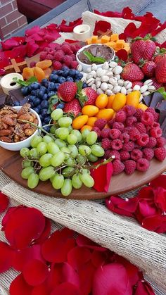 Cozy Up with this Clean Eating Fruit & Cheese Platter and Celebrate LOVE! - Clean Food Crush Cozy Up with this Clean Eating Fruit & Cheese Platter and Celebrate LOVE! Cheese Fruit Platters, Party Food Platters, Charcuterie And Cheese Board, Cheese Trays, Cheese Boards, Fruit Trays, Healthy Halloween Snacks, Healthy Snacks, Dessert Weight Watchers