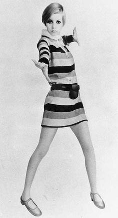 1960年代にミニスカートブームを巻き起こした英国人モデル、ツィギー。身長165センチ、体重41キロのスリムなボディー。1967年(昭和42年)に来日し、そのファッションが注目の的となった