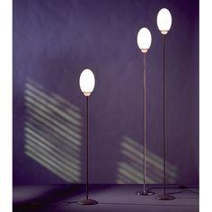 Minimalist noir, courtesy of Brera. #FLOS #FLOSlighting #contemporarylighting #AchilleCastiglioni #lightingdesign #minimalist