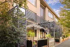 Melbourne Birches Serviced Apartments Australia, Pacific Ocean and Australia Birches Serviced Apartments is conveniently located in the popular East Melbourne area. Both business travelers and tourists can enjoy the hotel's facilities and services. Take advantage of the hotel's free Wi-Fi in all rooms, wheelchair accessible, taxi service, photocopying, fax machine. All rooms are designed and decorated to make guests feel right at home, and some rooms come with television LCD/p...