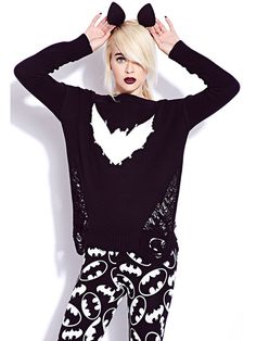 How to dress style goth clothing for bat appreciation day. Here are tips and tricks on how to achieve that goth girl look with bats http://www.rebelsmarket.com/blog/posts/goth-girl-fashion-for-bat-appreciation-day