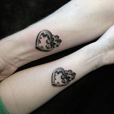 Tattoos for couples and lovers ❖❖❖ ❖❖❖ Who looks for the most beautiful references of couple tattoos, will find in this article - but before, we will contextualize on the subject: The excha. Puzzle Tattoos, Couple Tattoos Unique Meaningful, Unique Tattoos, Mother Son Tattoos, Art Couple, Tattoo For Son, Freundin Tattoos, Paar Tattoos, Tattoo Trend