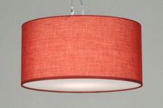 [60cm] Mooi door zijn eenvoud; Trendy hanglamp met een grote rood kleurige kap. De kap hangt aan 3 staaldraden en een transparant snoer. De lamp is voorzien van een transparante kunststof blender . Ook in de kleuren wit , zwart , grijs , bruin , taupe . Voor woonkamer , slaapkamer . Home interior lights / online shop : click on this link www.rietveldlicht.nl