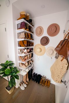 How to hang shoe shelves and create your own hat wall. This small space storage solution is an easy way to make an unused area functional. New Room, Apartment Living, Small Spaces, Sweet Home, Bedroom Decor, Shoe Wall, Shoe Rack On Wall, Wall Hat Racks, Hanging Shoe Rack