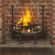 Create a classic fireplace with our imposing Peyton fire dogs in our smart, hard wearing matt black. Hand made in the UK. Fireplace Grate, Open Fireplace, Fireplace Ideas, Snow Cabin, Classic Fireplace, Fire Basket, Fire Surround, Open Fires, Home Furnishings