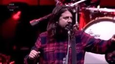 foo fighters live - YouTube
