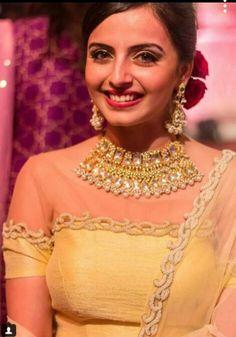 ♥ Beautiful Couple, Most Beautiful, Shrenu Parikh, Surbhi Chandna, Day Makeup, Tv Actors, Saree Dress, Beautiful Indian Actress, Churidar