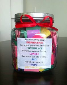 Diy Geschenk Basteln – Last-Minute DIY Gift Ideas Your Friend With a Mental Illness Will Love Happy Jar, Bff Gifts, Diy Best Friend Gifts, Best Friend Birthday Gifts, Simple Gifts For Friends, Diy Gifts Love, Graduation Gifts For Best Friend, Homemade Gifts For Friends, Cheer Up Gifts