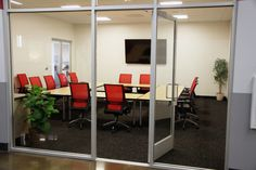 Daytona Conference room Open and ready for rental.    Seating for 14-20