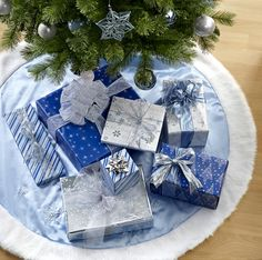 Gift Wrapping Idea Blue Theme Christmas Ideas