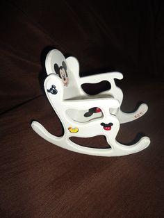 Muebles para mu ecas on pinterest mesas de luz mickey - Muebles de mickey mouse ...