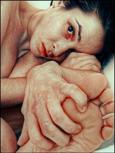 """First Self-Portrait of The year January - Asya Schween Ap Studio Art, Life Drawing, Ap Drawing, Anatomy Drawing, Figure Drawing, A Level Art, Art Portfolio, Teaching Art, Figure Painting"