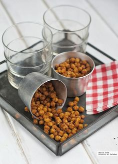 Nueve aperitivos ligeros para un picoteo del finde libre de remordimientos Paleo Snack, Healthy Snacks, My Recipes, Dog Food Recipes, Canapes, Finger Foods, Healthy Life, Catering, Buffet
