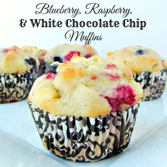 Blueberry, Raspberry & White Chocolate Chip Muffins - A baJillian Recipes Raspberry And White Chocolate Muffins, Raspberry Muffins, Chocolate Chip Muffins, White Chocolate Chips, Blue Berry Muffins, Blueberry, Cream Cheese Muffins, Sweet Treats, Desserts