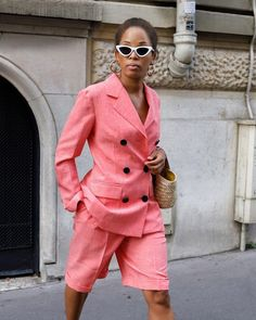 21 Next-Level Fall Blazer Outfits I'm Stealing From Our Readers Blazer Outfits Fall, Fall Blazer, Shorts Outfits Women, Blazer Fashion, Mode Outfits, Short Outfits, Simple Outfits, Trendy Outfits, Summer Outfits
