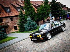 Nice old school BMW 5 Series