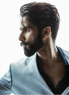 Super hot stylish Featuring cover of November 2017 Mens Hairstyles With Beard, Cool Hairstyles For Men, Hair And Beard Styles, Latest Hairstyles, Haircuts For Men, Long Hair Styles, Trending Hairstyles, Kiara Advani, Bollywood Actors