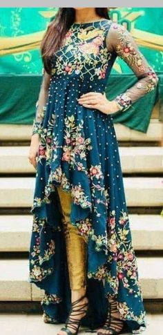 Gold pants, teal beaded and embroidered top/dress. Shadi Dresses, Pakistani Formal Dresses, Pakistani Outfits, Indian Dresses, Indian Outfits, Casual Asian Fashion, Casual Dresses, Fashion Dresses, Stylish Dress Designs