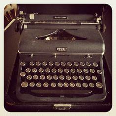Vintage Royal Typewriter Happy I still have my father's.