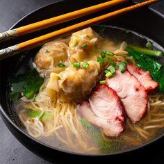 Captured-Wonton & BBQ Schweinefleisch-Nudelsuppe – Marion's Kitchen – TB Emma Pork Noodle Soup, Wonton Noodle Soup, Wonton Noodles, Pork Noodles, Pork Soup, Chicken Soup, Asian Noodle Soups, Asian Noodles, Thai Chicken