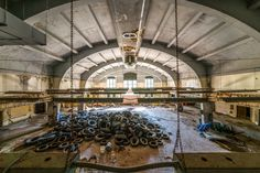 Walter Arnold has spent the last six years photographing abandoned sites across America. His project, The Art of Abandonment,has taken him all over the...