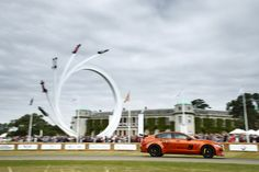 Making its global dynamic debut at the Goodwood Festival of Speed, the new Jaguar XE SV Project 8 has picked up the coveted Michelin Supercar Paddock Showstopper Trophy. New Jaguar, Jaguar Xe, Audi A4, 3 Bmw, All Kinds Of Everything, Goodwood Festival Of Speed, Motogp, Touring, Super Cars