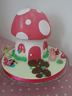 Project: Cake: Fairy Toadstool Cake Fairy House Cake, Toadstool Cake, Girl Birthday, Cake Decorating, Baking, Fairies, Desserts, Third, Projects