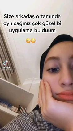 Ex Videos, Music Videos, Studio Photography Poses, Iphone Life Hacks, Funny Reaction Pictures, Funny Videos For Kids, Fake Photo, Mood Pics, Galaxy Wallpaper