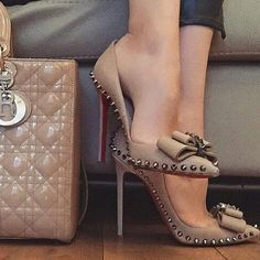 Christian Louboutin OFF! Nude studded Christian Louboutin heels I wouldnt care if those shoes killed my feet! Id wear those babies everyday with everything! Zapatos Shoes, Women's Shoes, Shoe Boots, Golf Shoes, Dress Shoes, Shoes Style, Platform Shoes, Ankle Boots, Cute Shoes