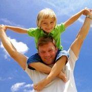 La paternité... C'est un sujet de discussion et d'application de la pensée. Qui est le juge final de la bonté de son père ? La mère ? Les enfants ? La société ? Quelles qualités doit posséder un homme pour être appelé un bon père ? Ces questions sur la paternité génèrent un grand débat.