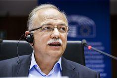 Ο Αντιπρόεδρος του Ευρωπαϊκού Κοινοβουλίου και επικεφαλής της Ευρωομάδας του ΣΥΡΙΖΑ, Δημήτρης Παπαδημούλης, μιλώντας εκ μέρους της Ευρωομάδας της Αριστεράς, στην Επιτροπή Περιφερειακής Ανάπτυξης (R…