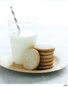 Lemon Cornmeal Cookies (would be a good complement to homemade berry ice cream) from http://picturesandpancakes.blogspot.com/2010/02