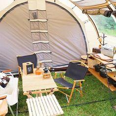 . . お盆キャンプで茶熊ちゃんの 初張りでした🐻♪ . 使いやすくて大満足💖 . 久しぶりのキャンプは 余韻がハンパな~い…😭🌻 今日はずっと写真見ながら 思い出に浸ってました💓 . #camp#camping#outdoor#outdoors#outingstylejp#nordisk#inout#staub#pinoworks#somabito#coleman#bepal#bepal_summer#@be_pal_official#camphack取材#キャンプ#アウトドア#夏休み#ソトアソビ#ノルディスク#レイサ6#レイサ6スペリオール#カーミットチェア#鹿ベンチ#ハンティングチェア#プエブコ#コールマン#ツーバーナー#アイアンラック Outdoor Camping, Camping Ideas, Outdoor Furniture Sets, Outdoor Decor, Hostel, Glamping, Tent, Indoor, Adventure