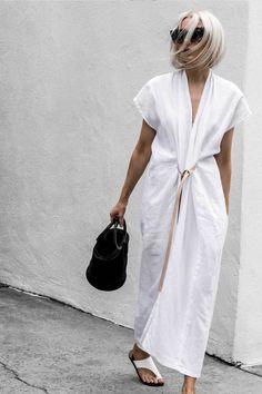 Janaes Style Primary New York Miranda Bennett Studio Knot Dress White Maxi Dress With Slit, V Neck Dress, White Lace, White Dress, Dress Black, Black White, Fashion Trends 2018, Fashion 2018, Dress Fashion