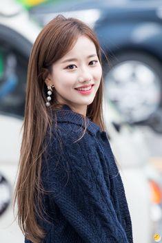 Kpop Girl Groups, Korean Girl Groups, Kpop Girls, Korean Celebrities, Celebs, April Kpop, Korean Girl Photo, Korean Actresses, Chinese Actress