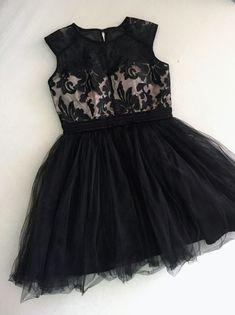 ea441509dcf5 ČIERNE SPOLOČENSKÉ ŠATY Čierne krátke spoločenské šaty. Veľkosť M. Black  short dress. Size