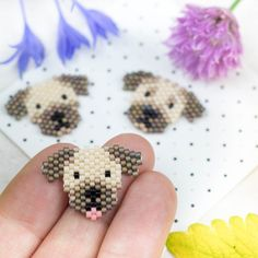 Small Border Terrier Delica Pearl Pin / Badge - Small Border Terrier Delica Beaded Pin / Badge Handmade Badge / Brooch in the shape of a Border Ter - Border Terrier, Bead Embroidery Jewelry, Beaded Jewelry Patterns, Beaded Embroidery, Peyote Patterns, Beading Patterns, Beaded Animals, Bead Jewellery, Loom Beading