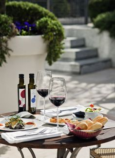Poolside lunch at Novotel Madrid Sanchinarro, Spain. Who needs an afternoon tipple? #travel #food.