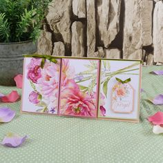 Hunkydory's Pearl Bouquet Card Collection features Luxurious Pearlescent Foil for truly stunning cards! Pearl Bouquet, Hunkydory Crafts, Cardmaking, Card Stock, Paper Crafts, Stamp, Texture, Pearls, Create