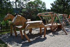 Nově vystavěné dětské hřiště před hotelem je vyrobeno z akátového dřeva, které je jedním z nejpevnějších a nejtrvanlivějších materiálů. Podívejte se na více fotografií a přečtěte si více informací na našich webových stránkách!  http://www.hotelsolan.cz/cs/detske-hriste/