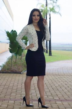 A rich sugar momma in Panama is searching for an energetic and passionate young man who has a good sense of humour to be her lover. Classy Work Outfits, Classy Dress, Office Outfits, Fashion Wear, Work Fashion, Fashion Dresses, Nice Dresses, Casual Dresses, Short Dresses