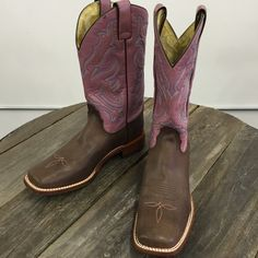 Final markdown Great leather cowgirl boots! Leather sole! New with tags from my boutique Nocona Shoes