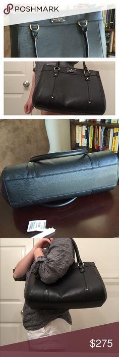NWT Kate Spade Purse Black. Never used. kate spade Bags Shoulder Bags