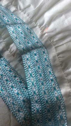 Armado de camisola. Uniendo trencillas delgadas para formar una más ancha