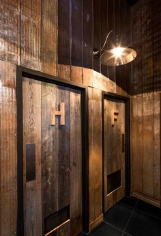 Restaurant Rouge Boeuf Interior design - Design intérieur Bois de grange A2DESIGN