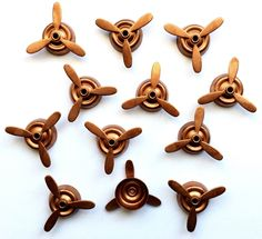 Airplane Propellers, Spinning Propellers, Steampunk Art, Gingerbread Brass, Vintage Jewelry Supplies, Us Made, B'sue Boutiques, Item0669 by bsueboutiquesupplies on Etsy https://www.etsy.com/listing/512878173/airplane-propellers-spinning-propellers