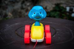 Ancien jouet Clairbois en bon état vu son âge. Il est en plastique.A récupérer sur Paris centre ou envoi possible par Mondial Relay.10 €labrocantedeloncletony@gmail.com