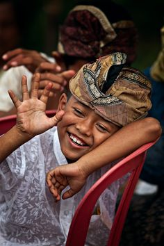 Bali (great smile, smiling, portrait, people, photo, picture, photography, laugh, positive, inspiring, motivation, feel good, happy, happiness, joy, beautiful, amazing)