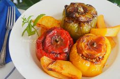 Peppers Stuffed with Minced Meat, Peppers Stuffed with Minced Meat Recipes Greek Recipes, Meat Recipes, Mince Dishes, Minced Meat Recipe, Tasty Meatballs, Greek Dishes, Mince Meat, Best Meat, Kitchen Stories